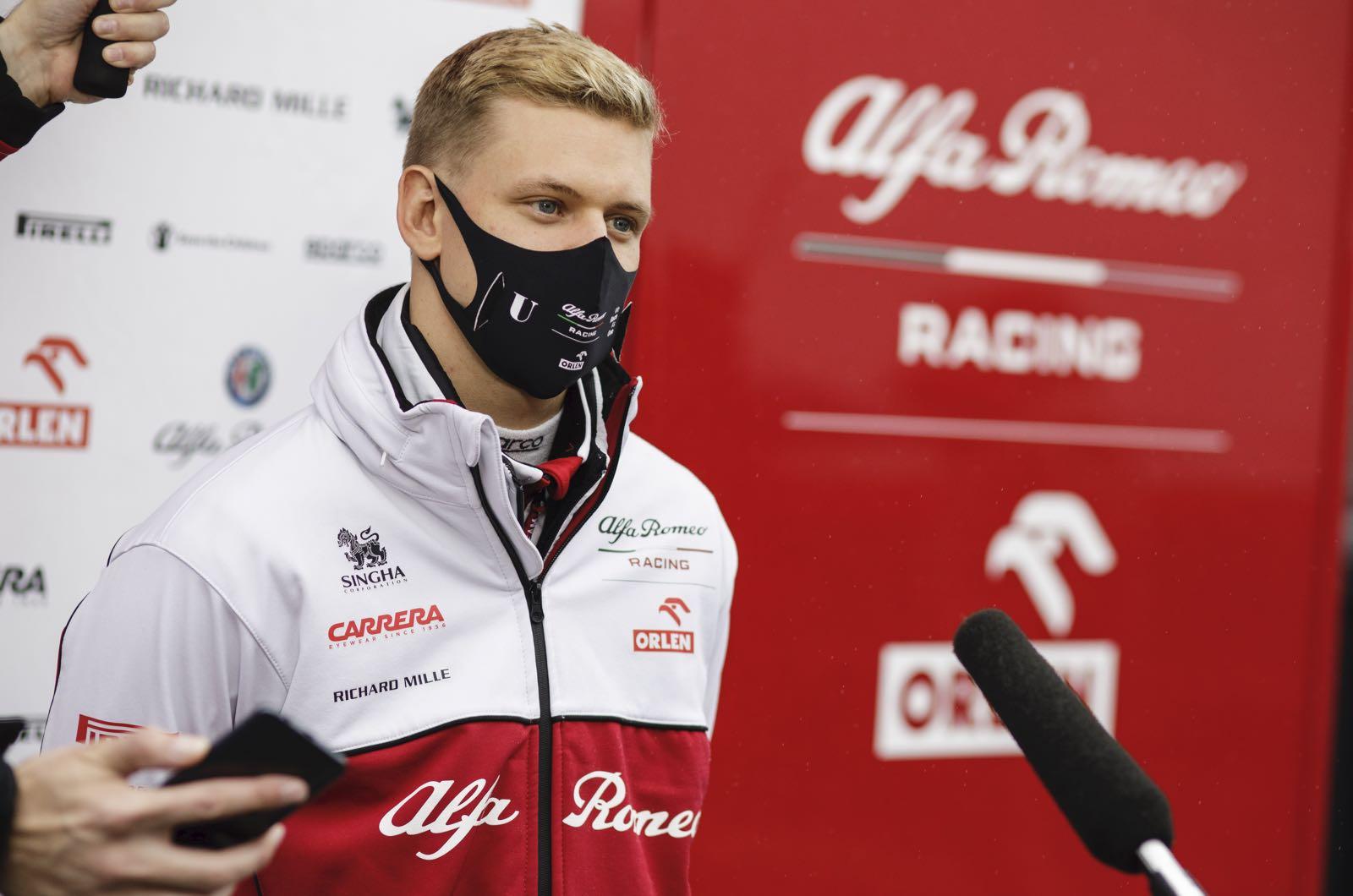 Alfa Romeo To Run Schumacher Raikkonen In 2021 Says Marko
