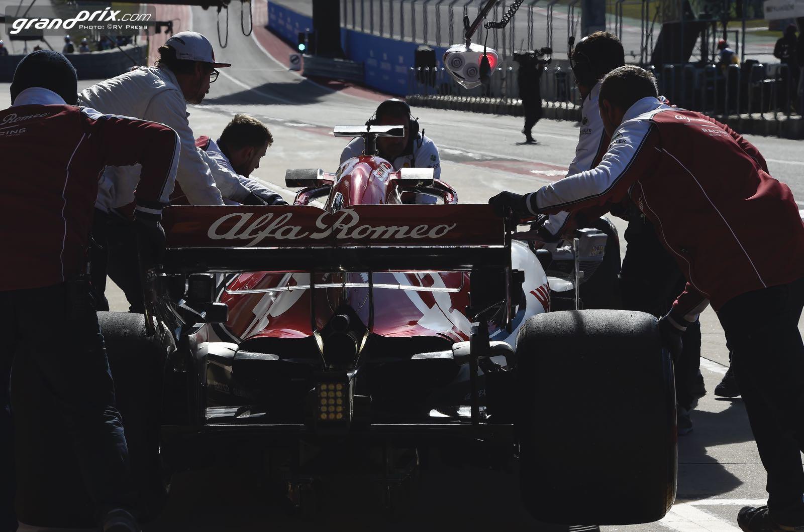 Raikkonen, Hamilton, not keen on Rio move - GrandPrix